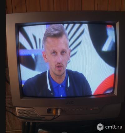 Телевизор кинескопный цв. JVC. Фото 1.