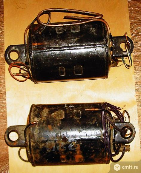 Два компрессора. Фото 1.