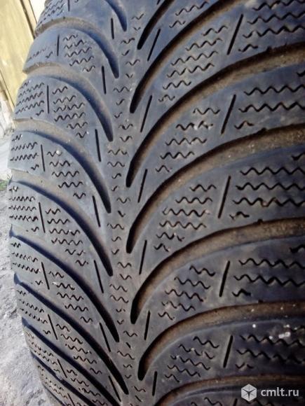 16 R 205/55 Goodyear UltraGrip Ice+ одна шина. Фото 1.