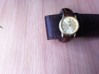 Продам часы Casio в желтом корпусе