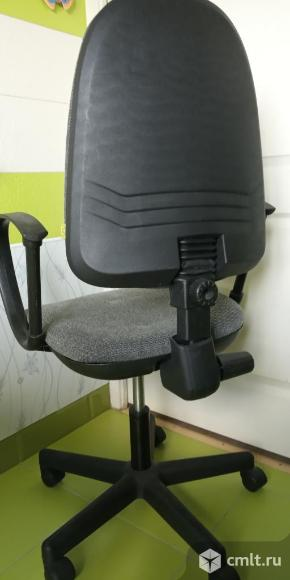 Офисное кресло. Фото 3.