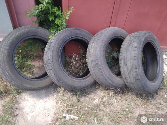 Продам шины б/у. Фото 1.