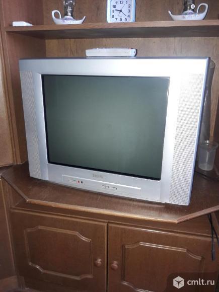 Телевизор кинескопный цв. Philips. Фото 1.