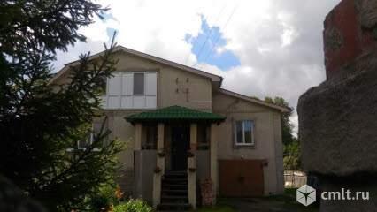 Продается: дом 276.5 м2 на участке 10.99 сот.. Фото 1.