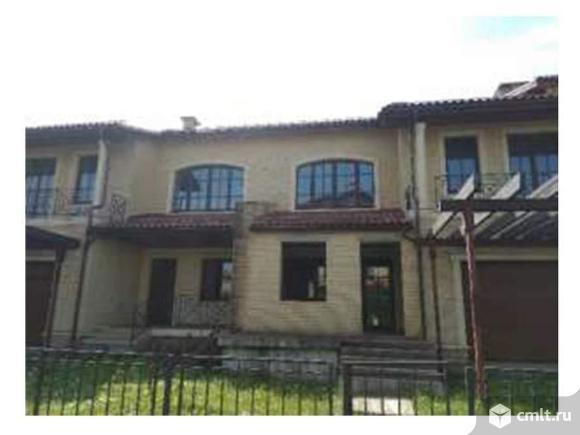 Продается: дом 421 м2 на участке 4.32 сот.. Фото 1.