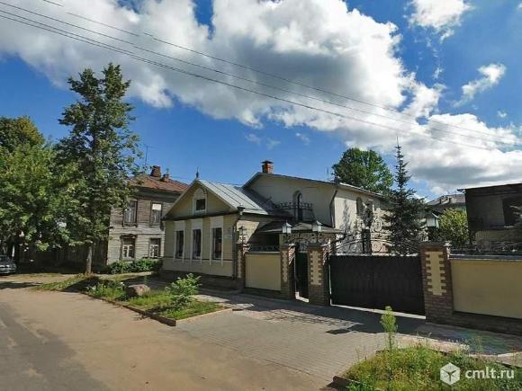 Продается: дом 346.8 м2 на участке 8.35 сот.. Фото 1.