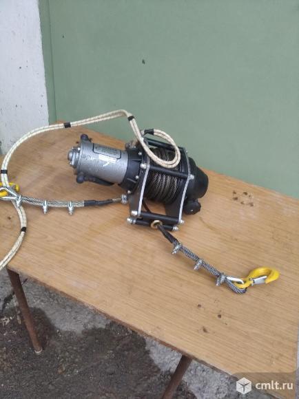 Электролебедка 12В 2500 кГ. Фото 2.