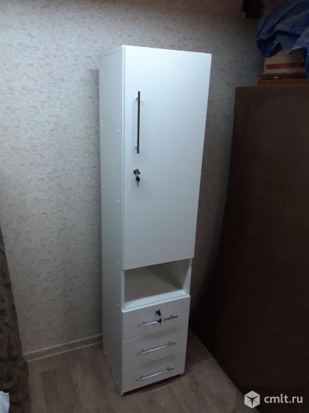Шкаф - пенал. Фото 1.