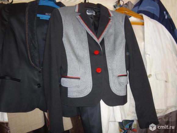 Продаю свой гардероб - пиджаки, блузки, платья.. Фото 7.
