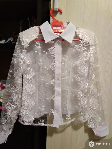 Блузка школьная кружевная для 1-2 класса. Фото 1.