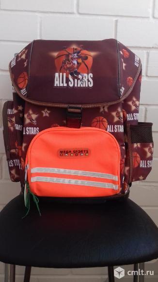 Рюкзак для школьника. Фото 1.