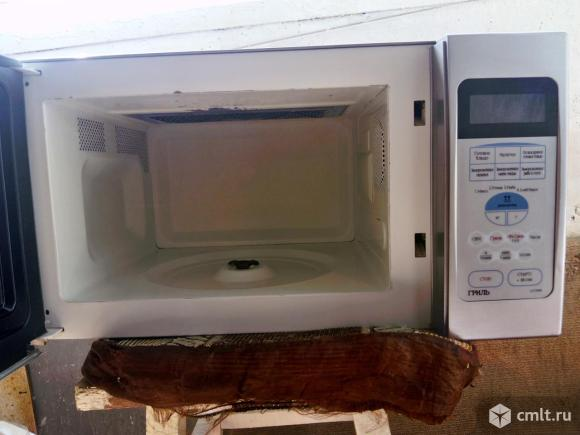 Микроволновая печь Samsung G2739NR. Фото 2.