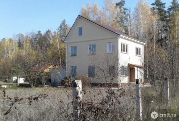 Продается: дом 180 м2 на участке 18 сот.. Фото 1.
