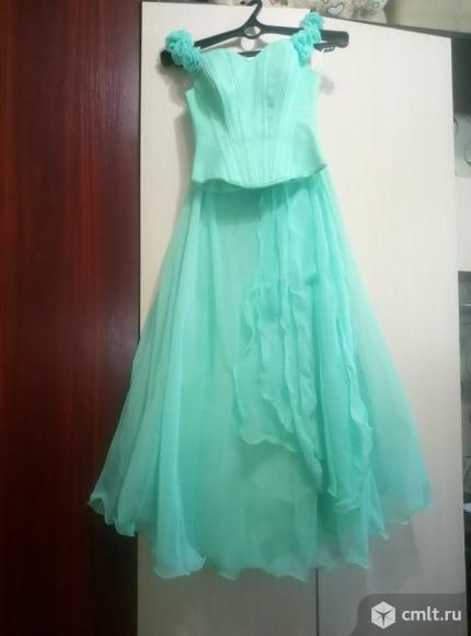 Продаю вечернее платье.Подойдет для выпускного бала,свадьбы и т.п.. Фото 1.
