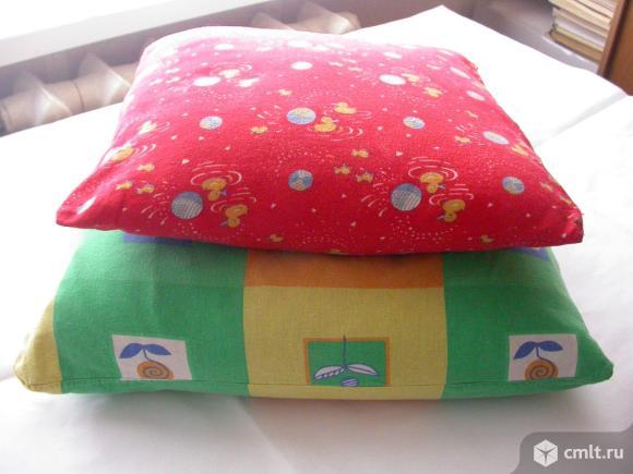 Подушки детские самодельные, наполнитель - куриное перо и. Фото 1.
