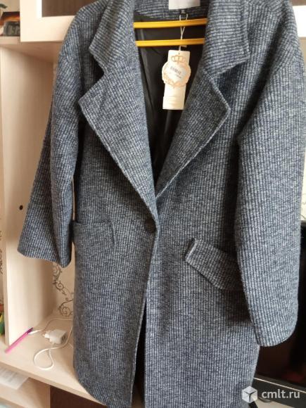 Модное тонкое пальто-жакет. Фото 1.