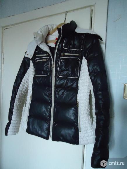 Куртка женская болониевая р-р 46-48 осенняя. Фото 1.