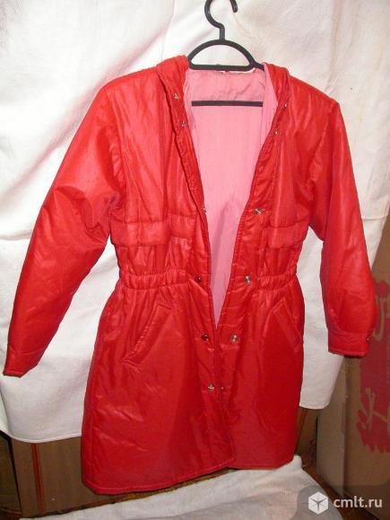 Куртки женские, р. 44-46, новые, по 350 р. Фото 1.