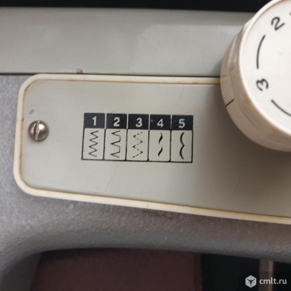 """Продам швейную машинку """"Подольск-142"""". Фото 3."""