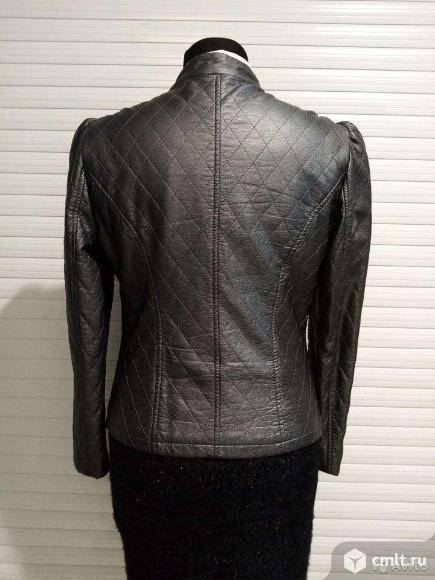 Куртка б/у р.М. Фото 3.