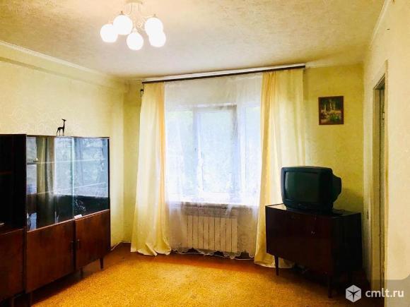 Продается 4-комн. квартира 57 кв.м.. Фото 1.