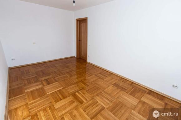 Продается 4-комн. квартира 152 кв.м.. Фото 7.