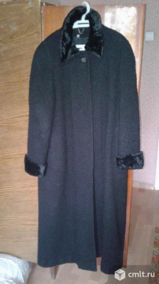 Пальто черное демисезонное. Фото 1.