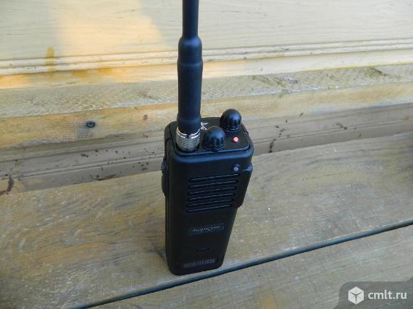 Беркут-806 портативная FM СиБи радиостанция. Фото 1.