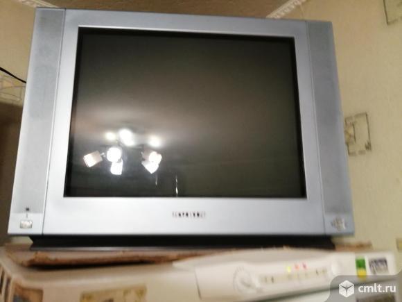 Телевизор кинескопный цв. Rubin 55FM10. Фото 1.