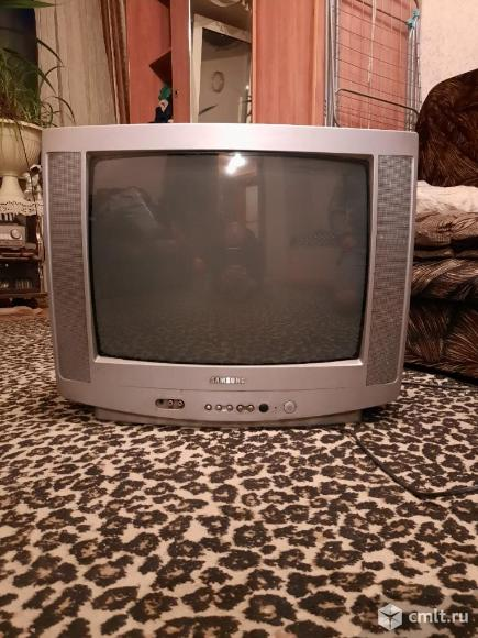 Телевизор кинескопный цв. Samsung cz-20H12T. Фото 1.