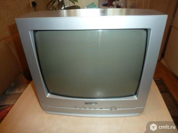 Телевизор Samsung CS-14 F3R на ремонт. Фото 1.