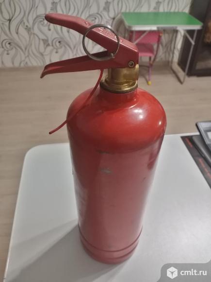 Огнетушитель порошковый 2 вида. Фото 7.