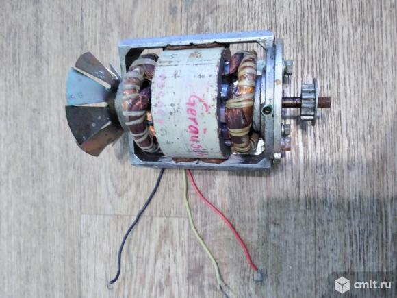 Электродвигатель VEB Elmo Barleben. Фото 1.