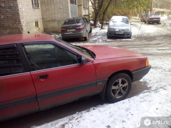 Audi-100 1990 г. в., кузов 44, переходная модель, 300000 км. Фото 17.