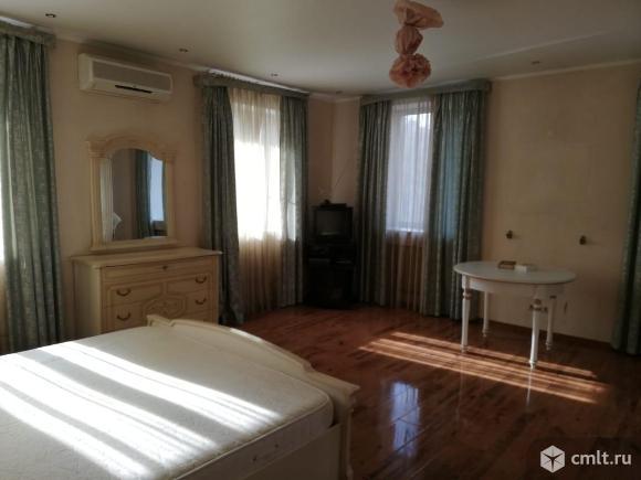 3-комнатная квартира 100 кв.м. Фото 1.