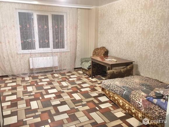 2 комнатная 68м. С ремонтом, комнаты на разные стороны. Фото 1.