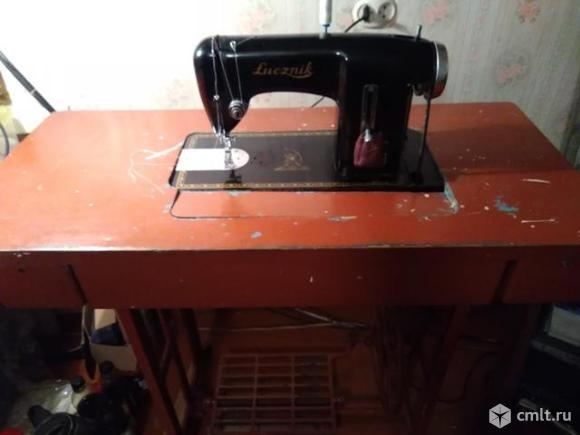 Продам швейную машинку. Фото 1.
