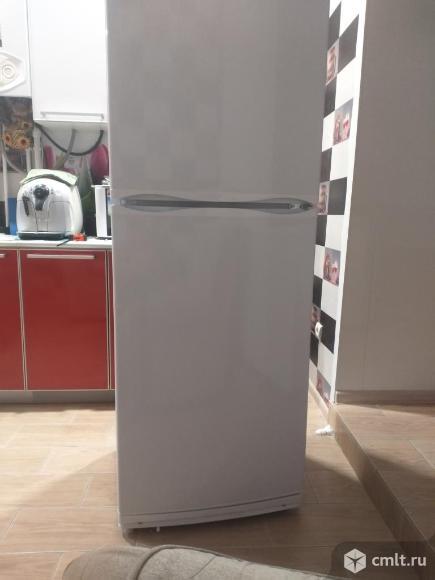 Холодильник Атлант 359 литров. Фото 1.