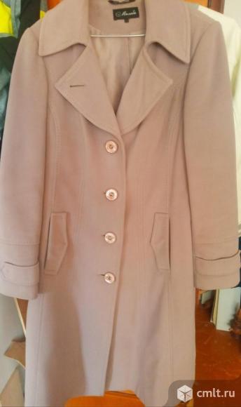 Пальто женское демисезонное, размер 48-50. Фото 1.