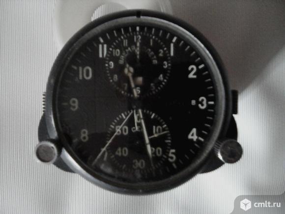 Механические часы. Фото 1.