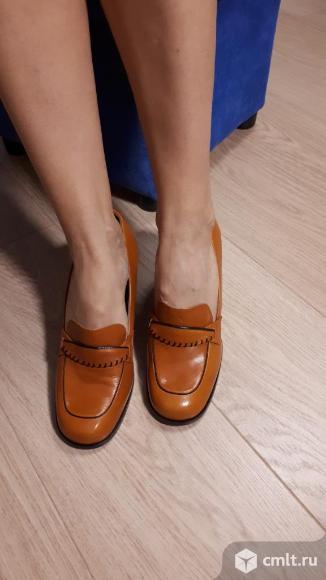 Туфли женские закрытые. Испания. Фото 1.