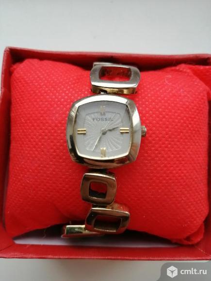 Оригинальные наручные часы Fossil ES1870 Casual. Фото 1.