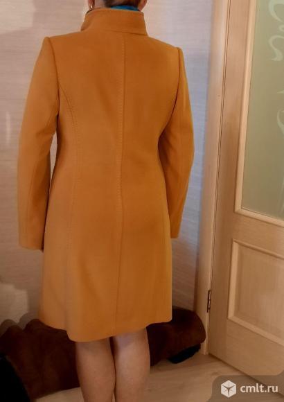 Осеннее пальто. Фото 3.