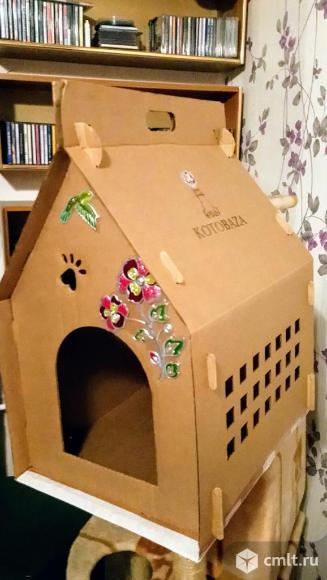 Домик для кошек картонный. Фото 1.
