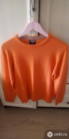 Легкий свитер. Фото 1.