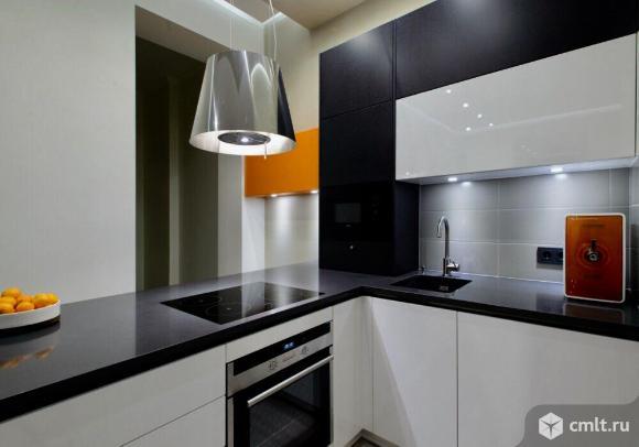 Мебель для кухни на заказ. Кухня вашей мечты! Фасады из высокоглянцевого пластика. Двери открываются легким касанием. Выдержанный и лаконичный классический стиль.