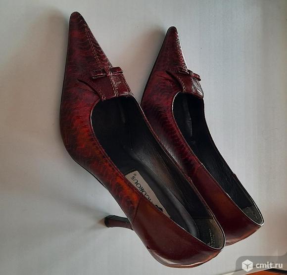 Туфли лакированные. Фото 1.