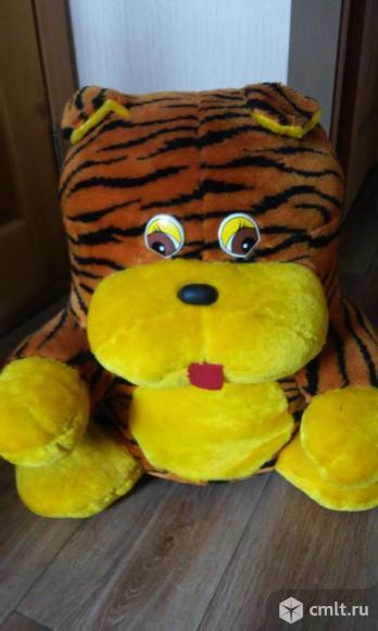 Детский пуфик в виде мягкой игрушки. Фото 1.