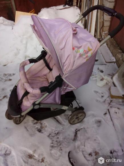 Продается коляска б/у. Фото 1.