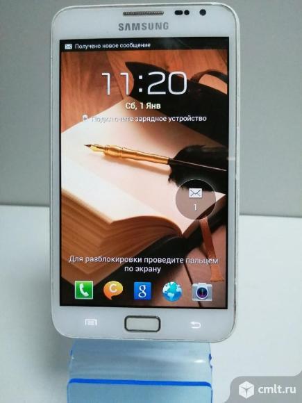 Смартфон Samsung Galaxy Note GT-N7000. Фото 1.